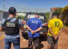 'Tubarão' (o de azul) preso ontem, em Ponta Porã; Foto: Divulgação/Defron