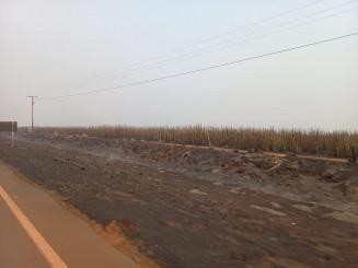 Ações de combate já ultrapassam as 24 horas e já atingiu cerca de 3 mil hectares; Foto: Divulgação/Assecom